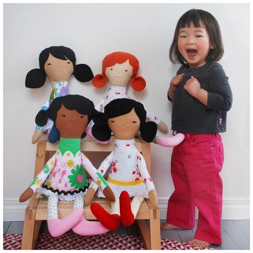 5.dolls
